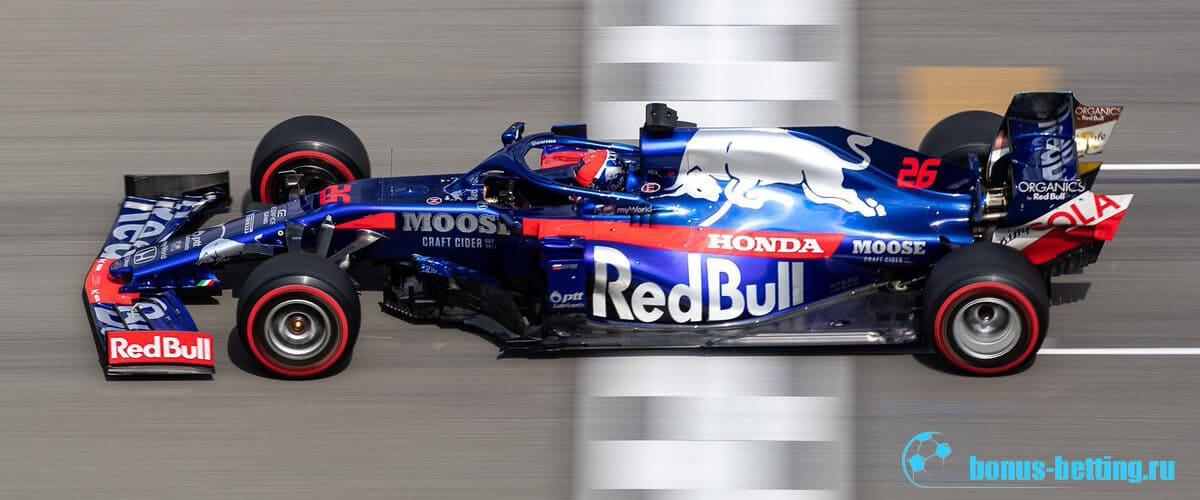 Даниил Квят на Гран-При Германии занял третье место
