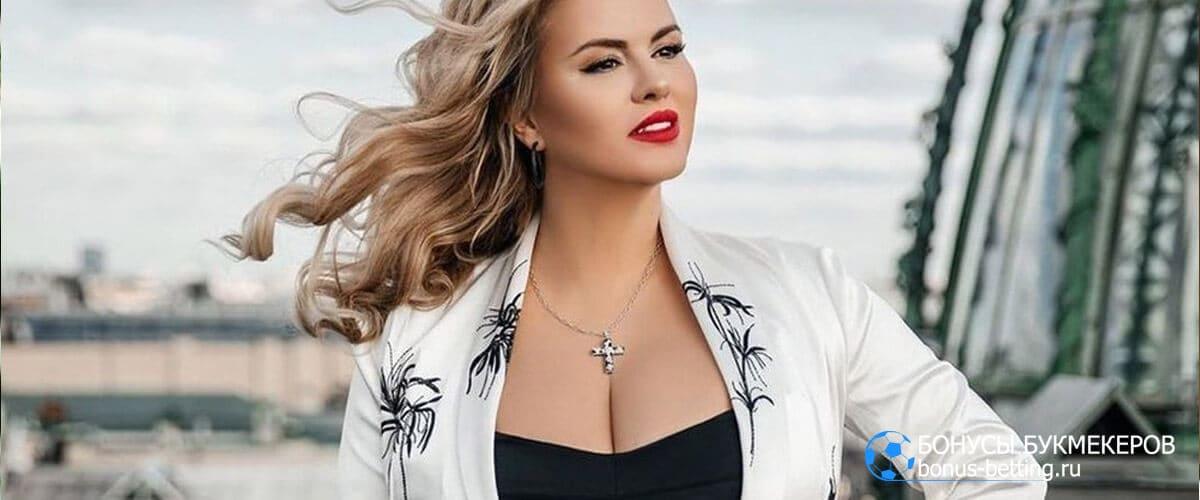 Анна Семенович карьера